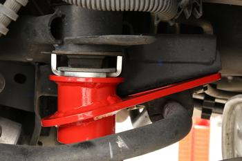 CB762 - IRS Subframe Support Brace System